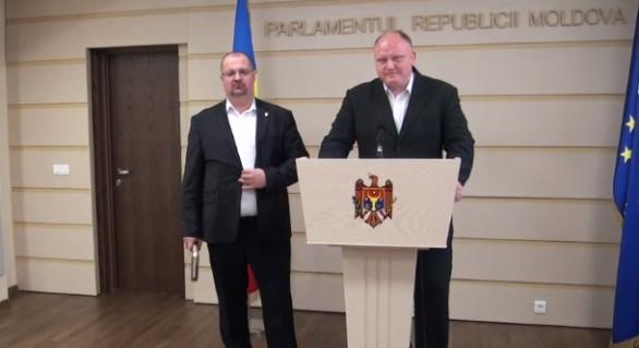 Socialiștii vor să transforme Republica Moldova în republică semiprezidențială