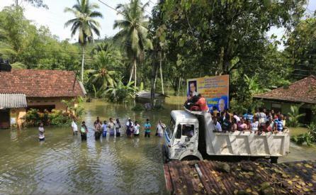 126 de morţi în inundaţiile şi alunecările de teren provocate de ploile musonice din Sri Lanka