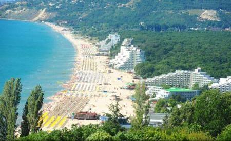 Moldovenii, așteptați în Bulgaria; Țara speră la aproape 12 milioane de turiști străini, în 2017