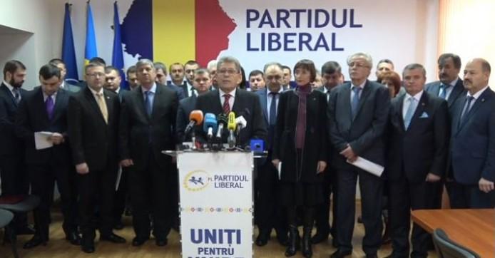 """""""Uniți"""" pentru demisie: Liberalii de la AGEPI, Moldsilva și Agenția Rezerve Materiale demisionează"""