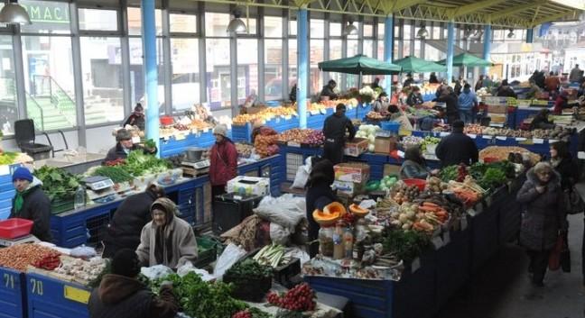 Presa românească: Hipermarketurile ar putea elimina produsele locale de pe piața Republicii Moldova