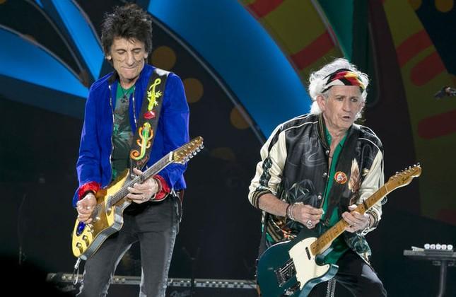 Un chitarist de la Rolling Stones a suferit o intervenție chirurgicală: Cât de afectat va fi turneul european al formației