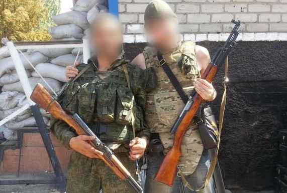 (FOTO) Mercenar moldovean, reţinut de SIS; Lupta în Ucraina