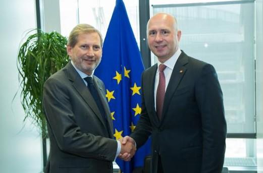 (VIDEO) Johannes Hahn: Pentru a continua finanțarea, UE va evalua statul de drept din Republica Moldova