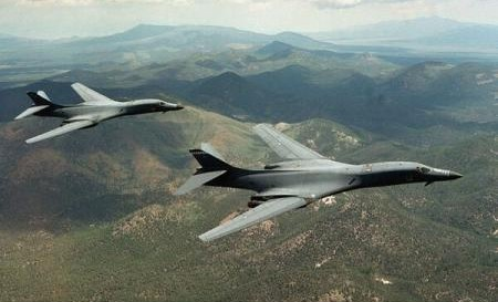 SUA au trimis două bombardiere B-1B în Coreea de Sud pe fondul tensiunilor cu Phenianul