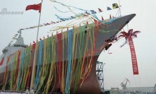 (FOTO) China a lansat la apă ultimul tip de distrugător