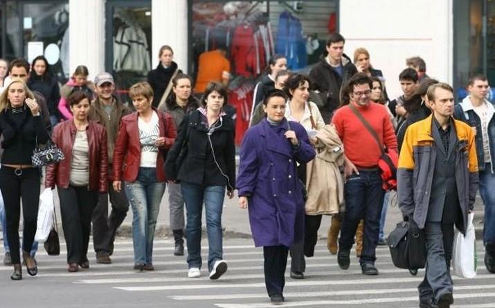 (HARTĂ) Europa îmbătrânește acut: Care este vârsta medie a populației din Republica Moldova