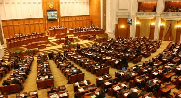 Parlamentul român se întrunește duminică în ședință. Va fi citită moțiunea împotriva Guvernului