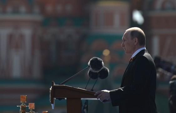 Rusia intensifică prezenţa militară ca reacţie la acţiunile NATO în Europa de Est