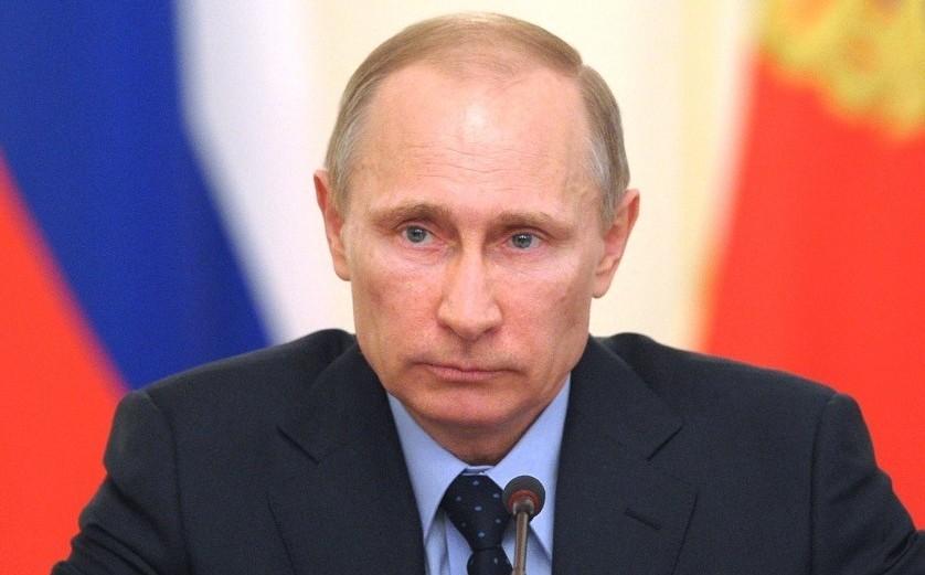 WP: CIA l-a informat pe Obama în vara lui 2016 că Putin vrea să-l ajute pe Trump