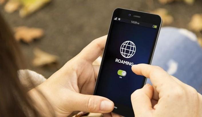 UE elimină de astăzi taxele de roaming din țările membre: Cât vor plăti europenii pentru apelurile telefonice