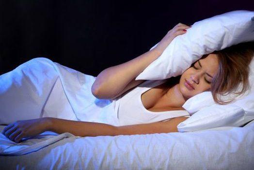 5 lucruri inexplicabile care se întâmplă atunci când dormim