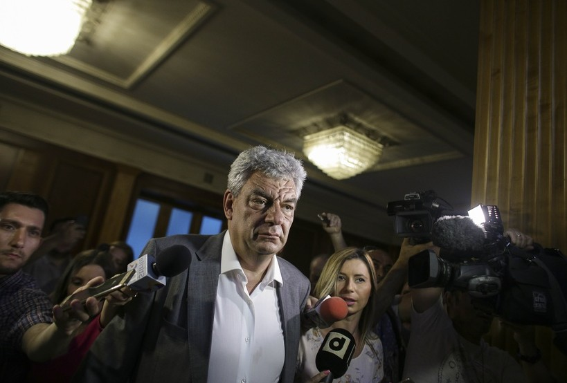 Klaus Iohannis îl desemnează pe Mihai Tudose prim-ministru al României; Biografia acestuia
