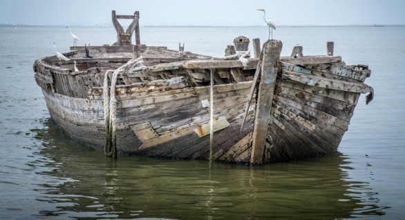 Descoperire macabră în Marea Mediterană. Vasul cu corpuri neînsuflețite plutea la coasta Spaniei