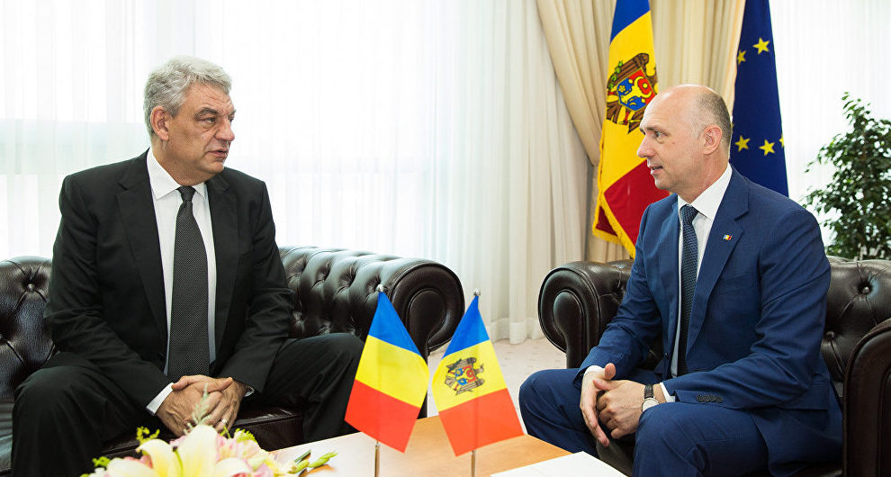 """Expert de la București critică declarațiile premierului Tudose: """"România s-a poziționat cumva împotriva UE în Republica Moldova"""""""