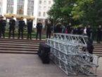 (VIDEO) Desfășurare impresionantă de forțe în jurul Parlamentului; Puterea se pregătește de votul mixt