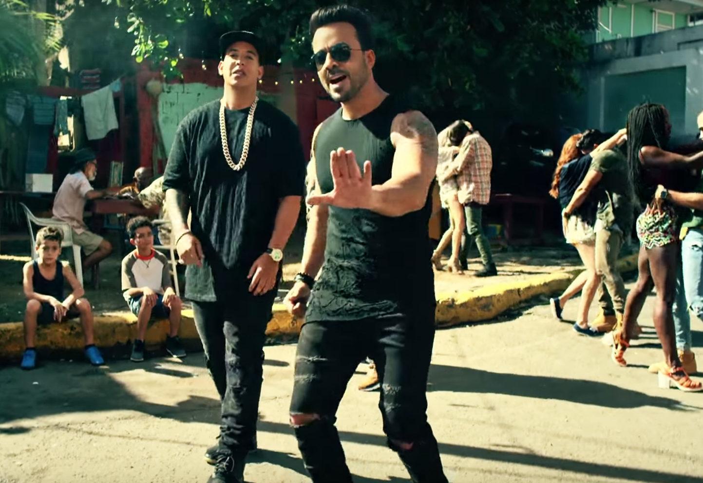 """(VIDEO) """"Despacito"""" doboară recordul deținut de """"La Macarena"""" ca hit în SUA"""