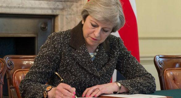 Premierul britanic, Theresa May, vrea să facă ordine în guvern