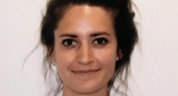 (FOTO) Motivul pentru care poza de pașaport a unei femei a devenit virală
