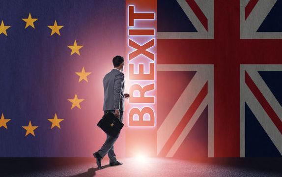 Veste bună pentru moldovenii din Marea Britanie! Guvernul vrea să menţină şi după Brexit călătoriile fără vize din UE