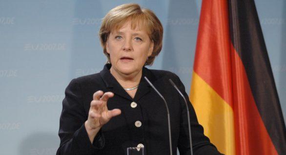 Angela Merkel a primit scrisori cu pulbere albă și lame de ras