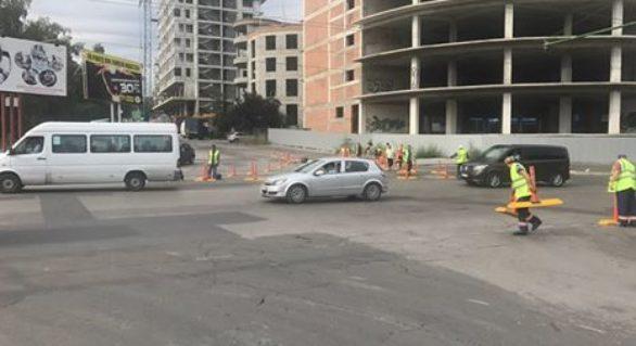(FOTO) În Chişinău apare un nou sens giratoriu; Cum arată şi unde se găseşte