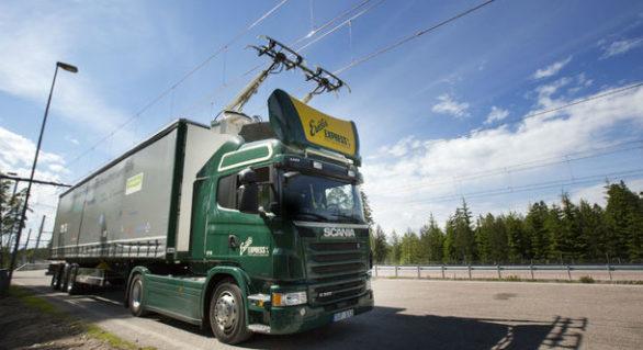 Infrastructura viitorului: Nemții încep să își construiască prima autostradă pentru camioane electrice