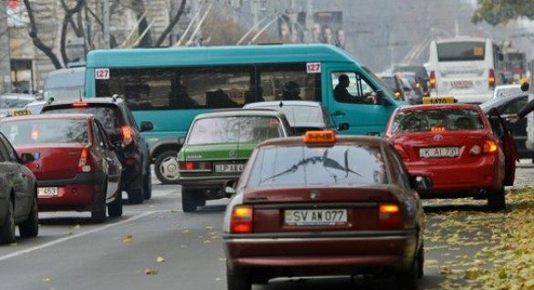 Ambuteiaje infernale în capitală: Vezi unde se circulă bară la bară