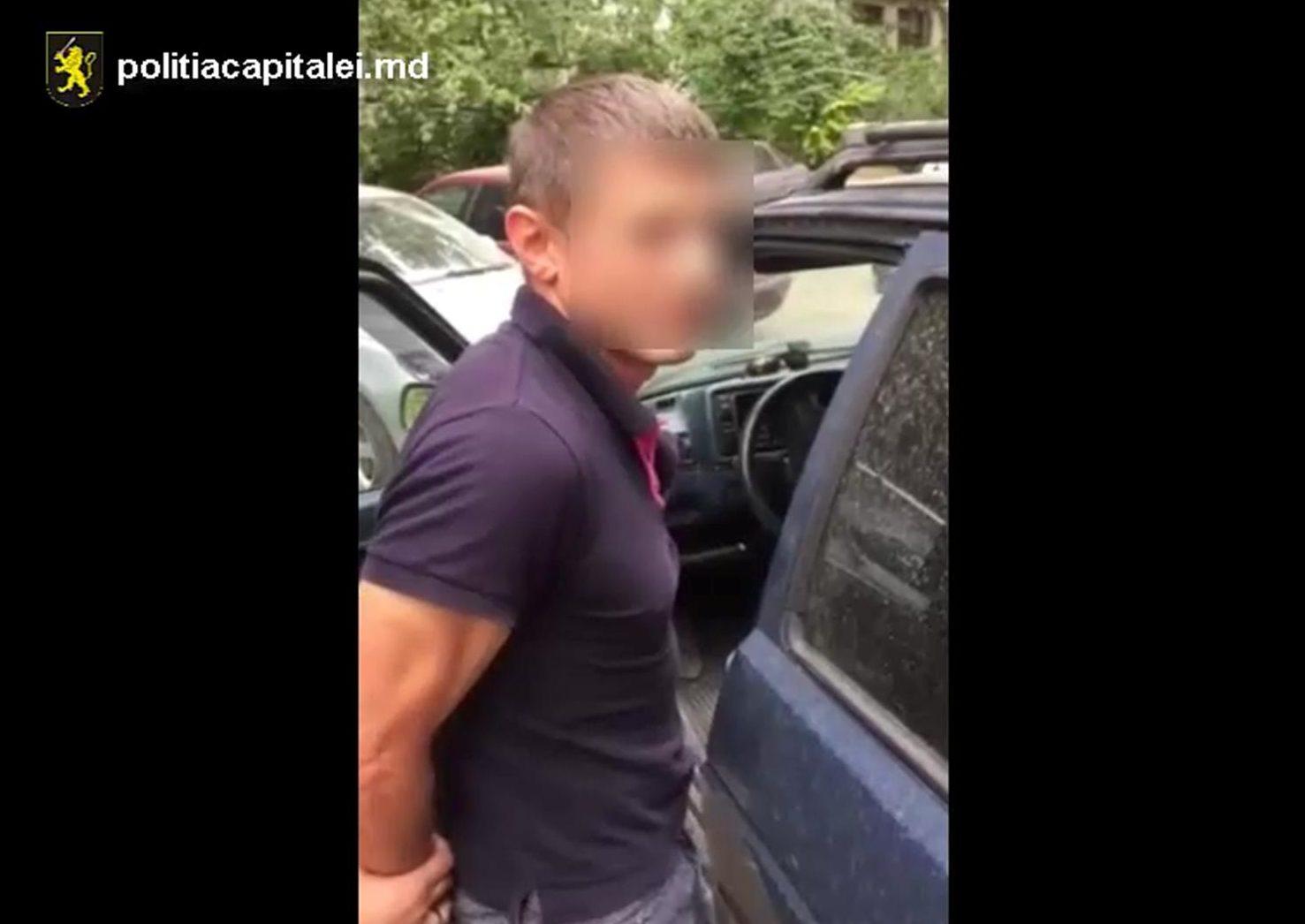 (VIDEO) Orbit de gelozie?! Un bărbat și-ar fi amenințat cu moartea fosta concubină: Ce riscă acesta