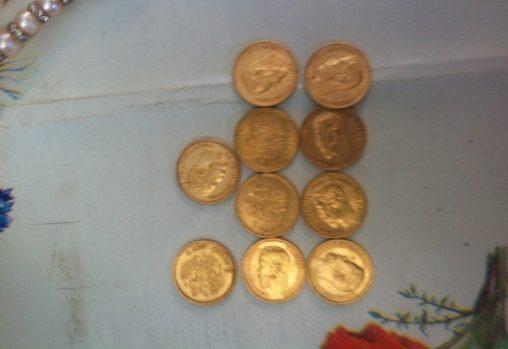 (FOTO) A furat bani, bijuterii și monede din aur: Cum a pătruns bărbatul într-o locuință din Soroca