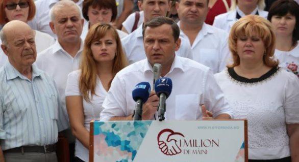 """Platforma DA lansează campania """"Un milion de mâini"""""""