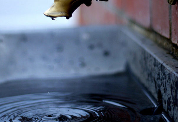 Calitatea apei potabile s-a îmbunătățit în 3 țări din Uniunea Europeană