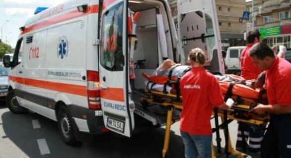 Un tânăr din Republica Moldova s-a aruncat de la etajul unui bloc din Iaşi. Bărbatul se certase cu soţia
