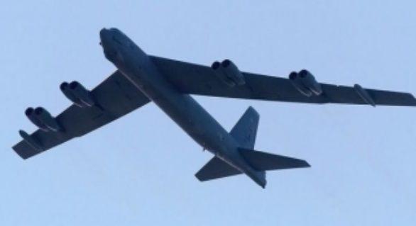 SUA au trimis două bombardiere strategice în Europa în ziua în care a început exercițiul militar rusesc Zapad 2017