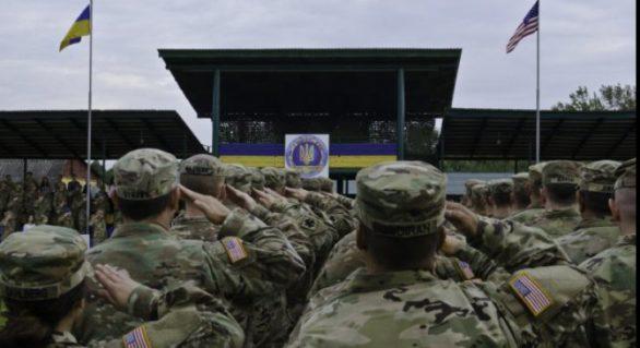 """Războiul nervilor la granițele UE: NATO desfășoară """"Rapid Trident"""", Rusia răspunde cu """"Zapad 2017″"""