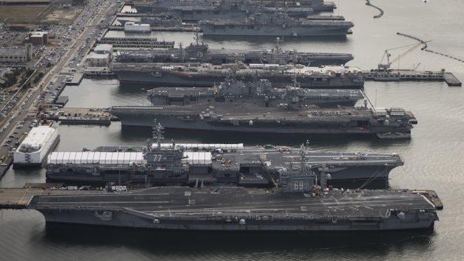 (FOTO) Cum arată cele mai impunătoare portavioane ale forţelor navale din SUA cu care americanii vor să-şi înfricoşeze inamicii