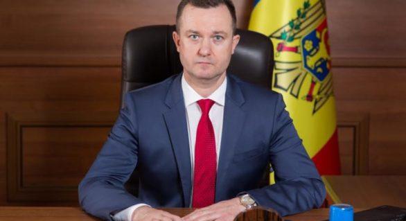 """Oleg Melniciuc, judecătorul cercetat penal pentru îmbogățire ilicită, a plecat în concediu """"parțial plătit"""" până în 2019"""