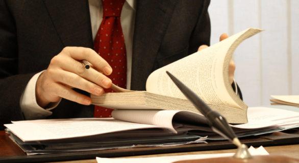 Articolul buclucaş din Codul Civil de la care pornesc atacurile raider în Moldova
