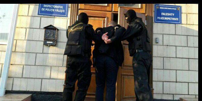 (VIDEO) 12 persoane reținute și 62 cercetate în stare de libertate, în rezultatul operațiunii antidrog din întreaga republică