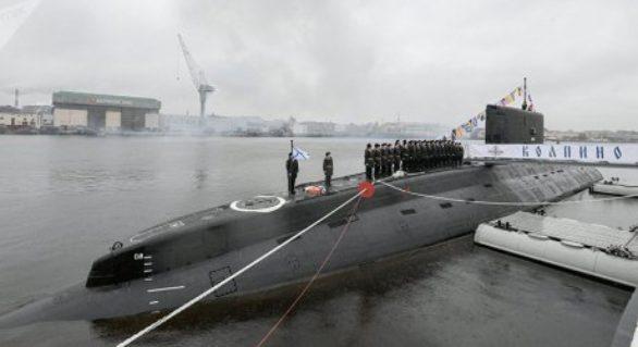 Zece rachete, lansate de submarine ruseşti din Marea Neagră. Ţinta: Reţele teroriste Stat Islamic