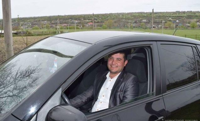 Unul dintre liderii PD din Găgăuzia, prins beat la volanul automobilului de serviciu; Deputatul Dudoglo l-ar fi salvat de sancțiuni