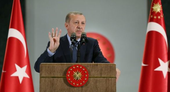 Autorităţile turce au reţinut 51 de profesori suspectaţi de implicare în puciul eşuat din 2016