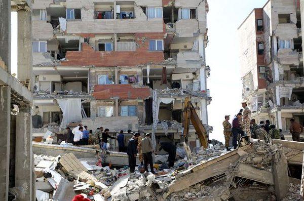 Bilanţul cutremurului devastator de la frontiera dintre Iran şi Irak a ajuns la 530 de morţi