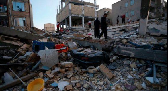 (FOTO și VIDEO) Bilanțul cutremurului devastator din Iran şi Irak: 445 de morți, 7.100 de răniţi