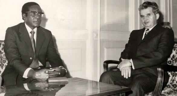 Ultimul prieten al lui Ceaușescu: Cum s-a sfârșit dictatura lui Mugabe în Zimbabwe, după 37 de ani