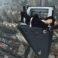 """(VIDEO) Un faimos """"rooftopper"""" chinez a murit căzând în gol de pe un zgârie-nori"""