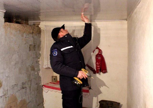 (FOTO şi VIDEO) Aproape 50 de familii din Ustia au beneficiat de detectoare de fum