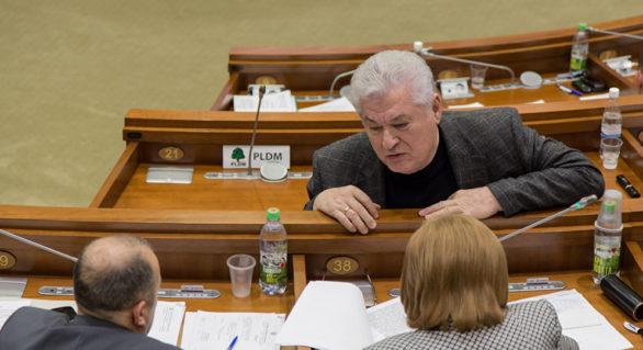 """PCRM părăsește ședința Parlamentului, din cauza proiectului privind """"combaterea propagandei ruseşti"""""""