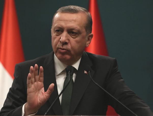 Erdogan: Turcia îi va distruge complet pe susţinătorii kurzilor din Siria