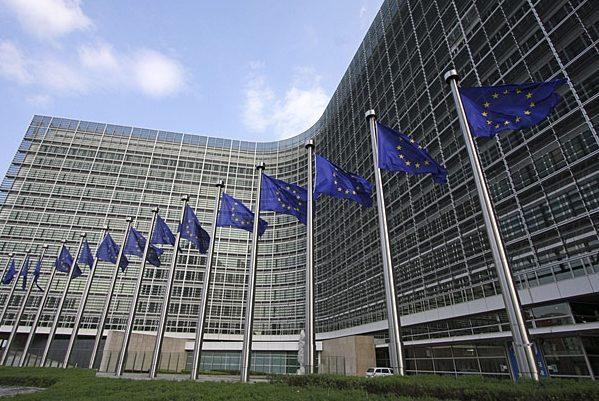 Parlamentul European susține următoarea fază a negocierilor dintre Bruxelles şi Londra privind Brexit-ul